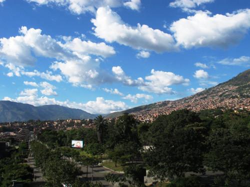 Medellin_sky