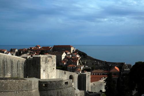 Castle_wall_dubronik