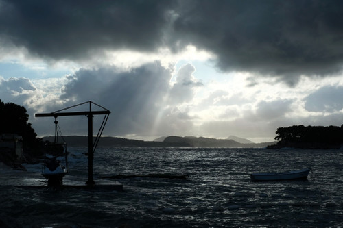 Lake_nopersona